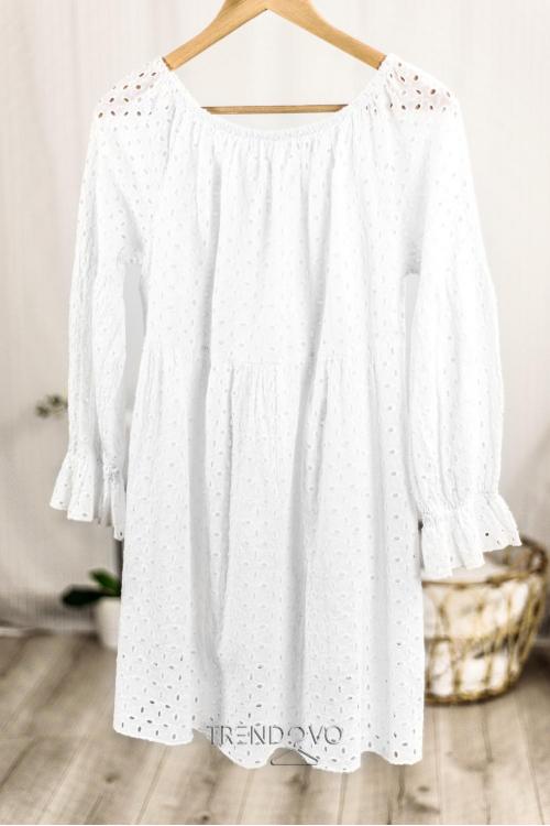 Biele šaty z dierovaného materiálu